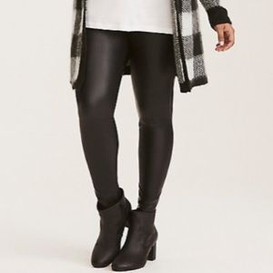 NWOT Torrid Faux Leather Leggings Size 4X